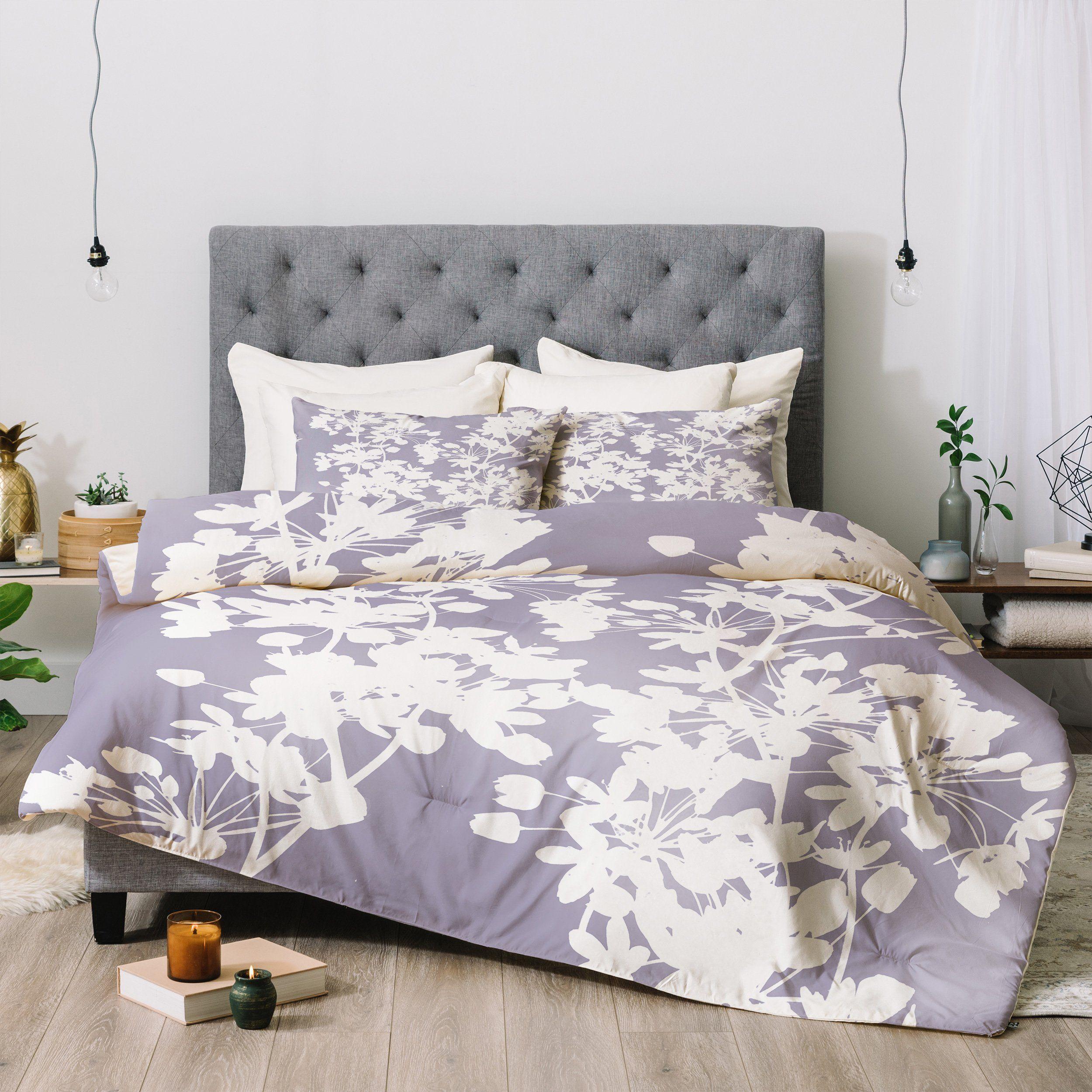 Emanuela Carratoni Delicate Floral Pattern On Lilac Comforter