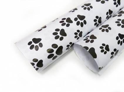 geschenk verpackungen geschenkpapier f r hundefreunde pfote schwarz weiss limitierte edition. Black Bedroom Furniture Sets. Home Design Ideas