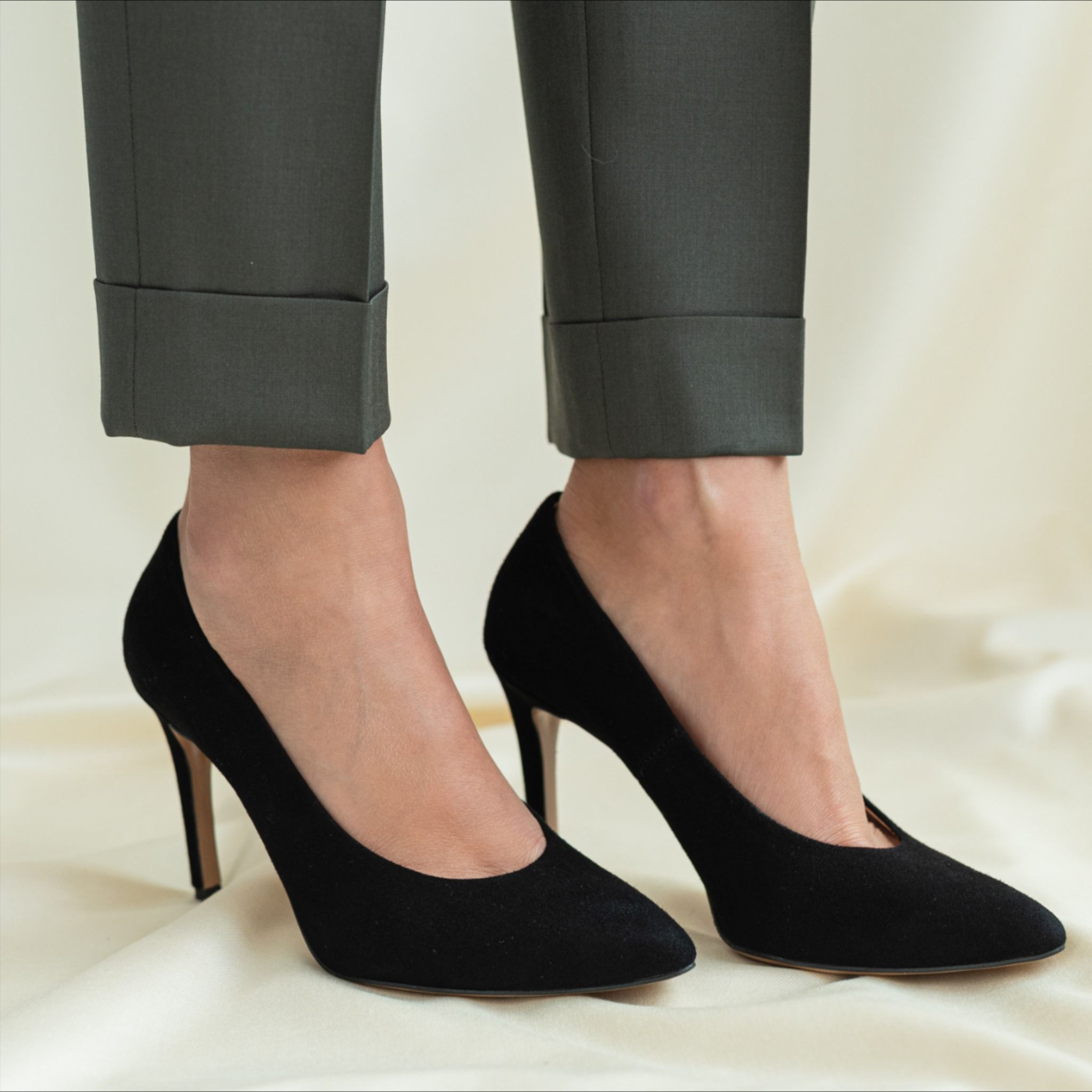 Czarne Szpilki Idealne Na Kazda Okazje Heels Shoes Pumps