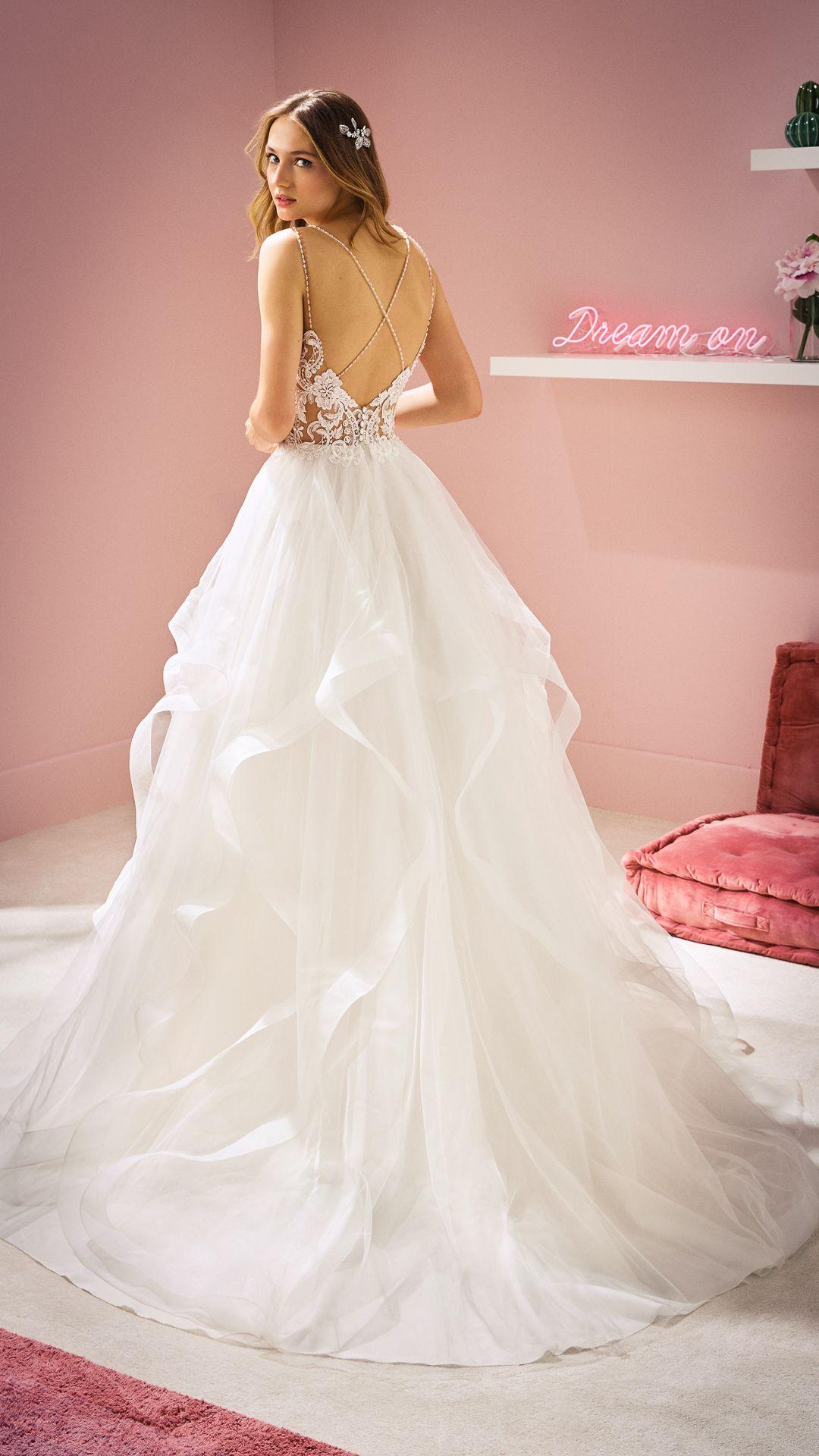 Hochzeitskleider 20 White One Kollektion Modell: RINA-C