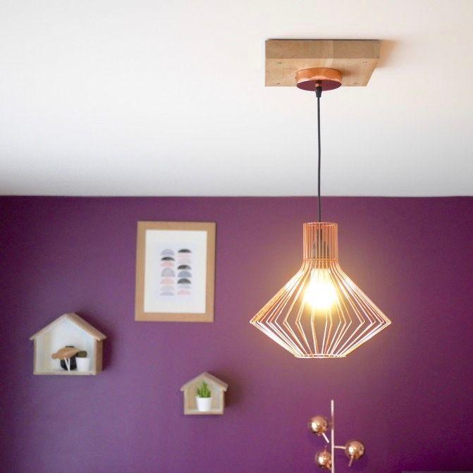 Trou trop large au plafond  fabriquer un cache-fil en bois Salons - peindre un mur en bois