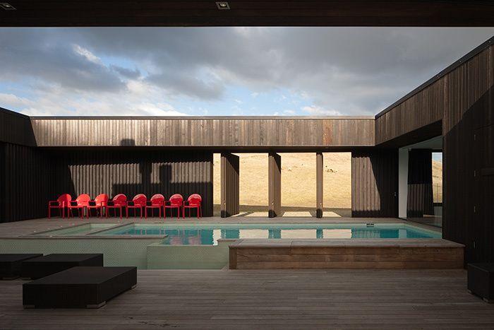 Les plus belles maisons d\u0027été Swimming pools, Mid century and Spaces - plan d une maison simple