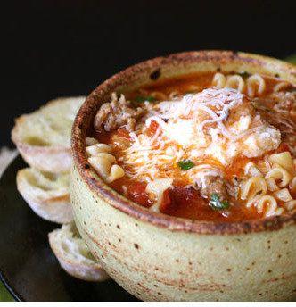 die besten 25 lasagne suppe ideen auf pinterest suppenrezepte gef llte paprika suppe und. Black Bedroom Furniture Sets. Home Design Ideas