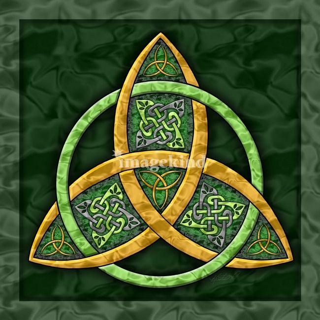 символ треугольник и трилистник фото как рождения