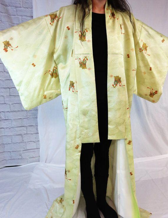d7f3e36b9e20b Japanese Kimono - Vintage Kimono - Silk Kimono - Japanese Kimono ...
