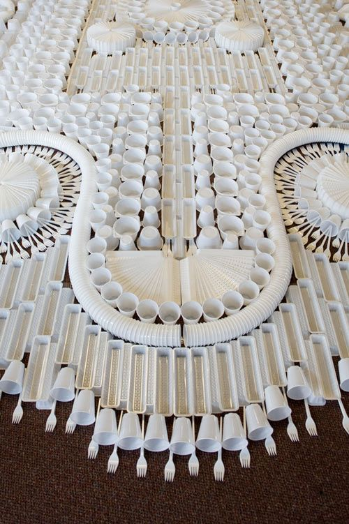 Giant Carpet Made From Disposable Plastic Tableware By We Make Carpets Modern Tapestries Plastic Art Contemporary Carpet