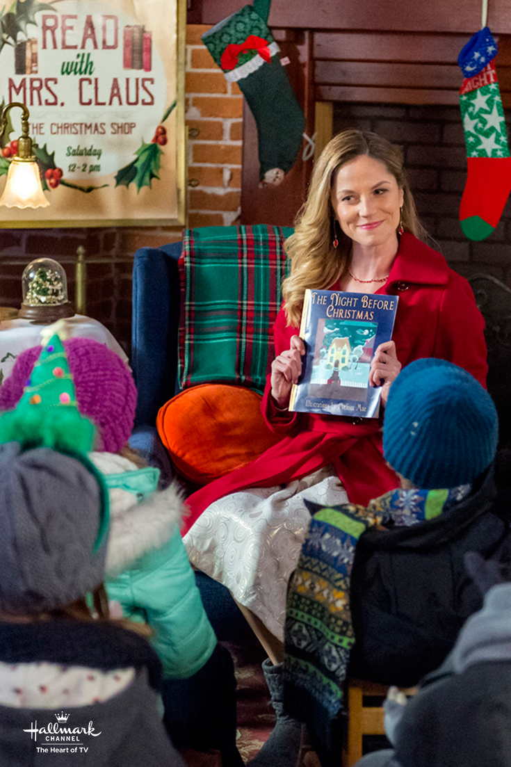 Sharing Christmas 2019 Sharing Christmas   Ellen Hollman (Stephanie) gets ready to read a
