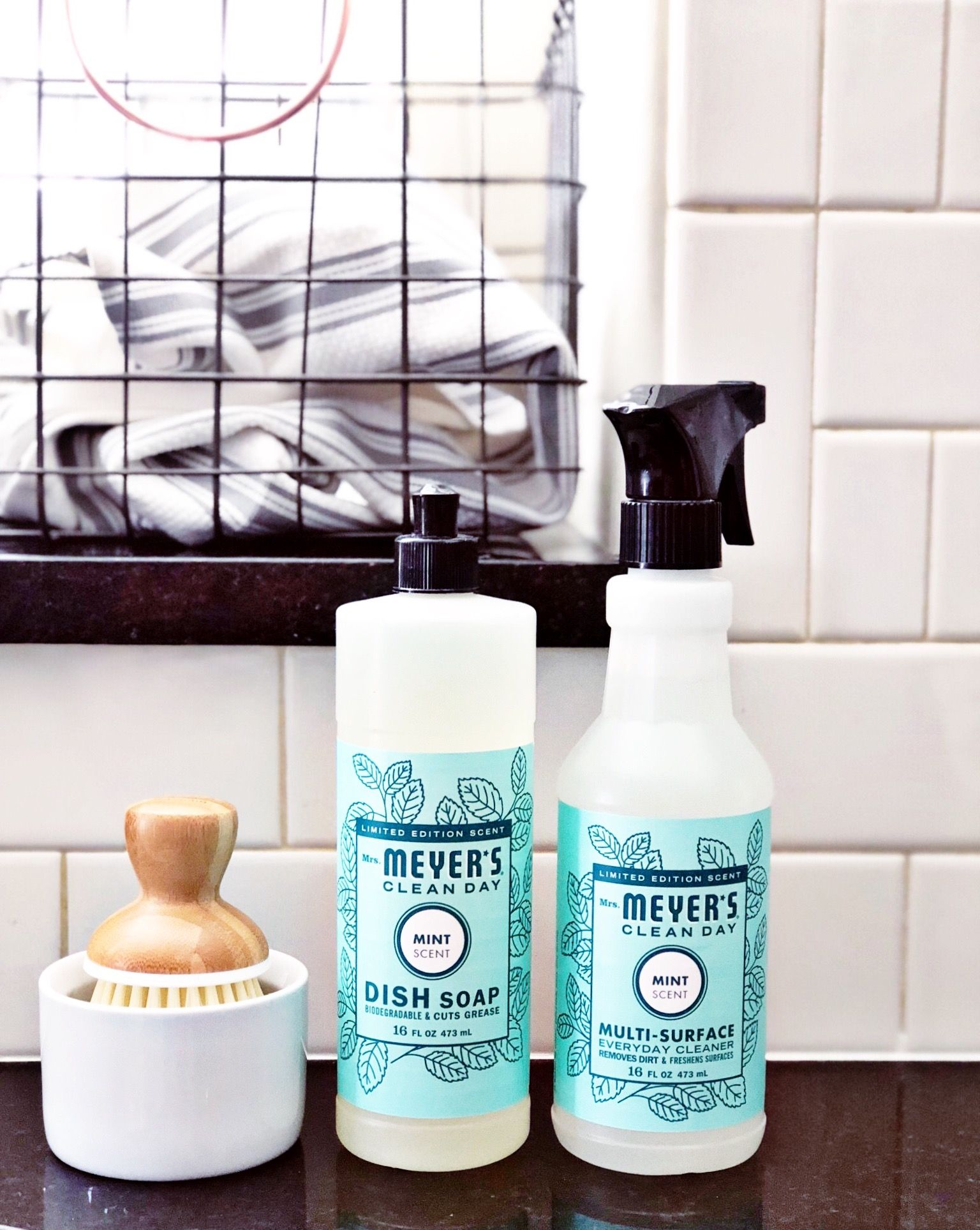 Click To Get A Free 5 Piece Mrs Meyer S Clean Day Set Just For Trying Grove Collaborative Mrsmeyers Fre