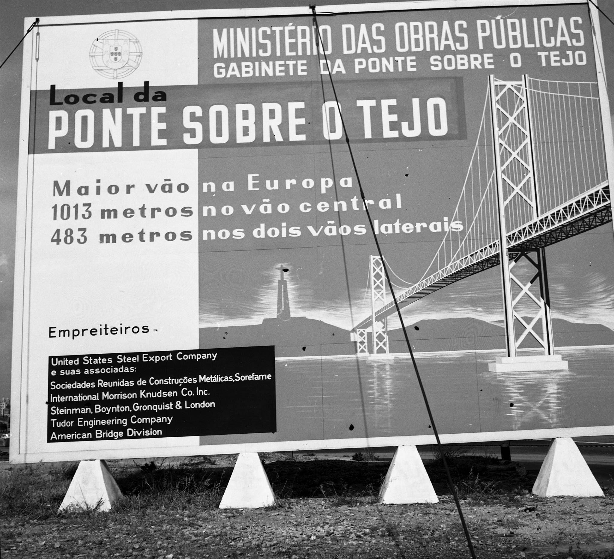 Cartaz a anunciar a construção da Ponte sobre o Tejo