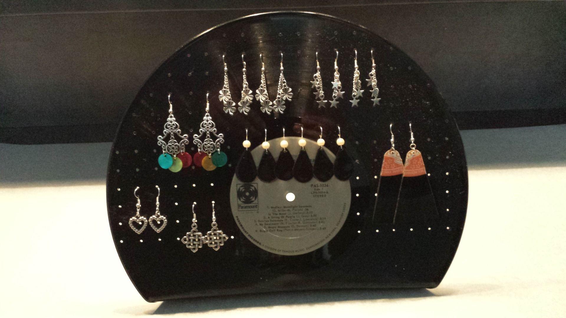 pr sentoir bijoux en vinyl pour boucles d 39 oreilles presentoir bo tes par mescreas avec de. Black Bedroom Furniture Sets. Home Design Ideas