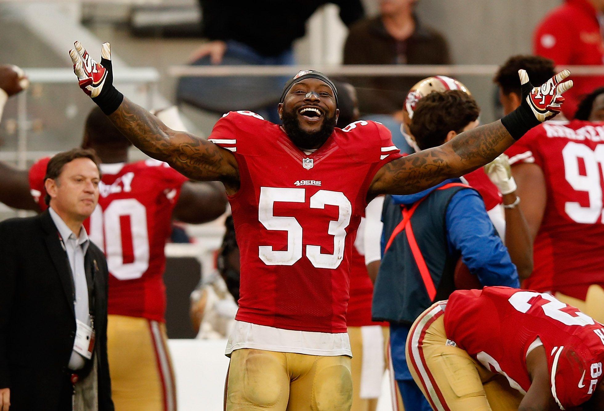 Santa Clara Ca November 08 Navorro Bowman 53 Of The San Francisco 49ers Reacts In The Closing Moments Of Their Win Over The A Golden Nugget Navorro Bowman Atlanta Falcons