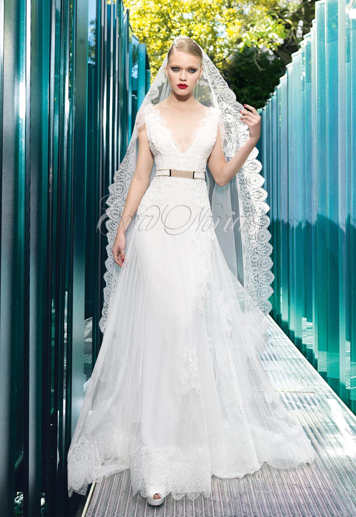 Vestido de novia de Yolancris modelo Aris en Eva Novias. Via www ...