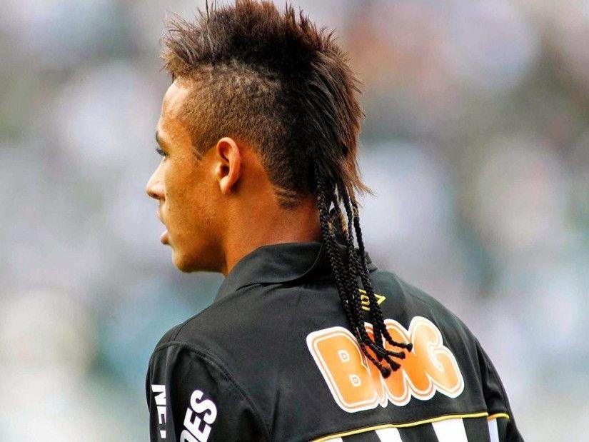 22 Beliebte Und Trendige Neymar Frisur Inspirationen Neymar Frisur Haarschnitt Ideen Herrenhaarschnitt