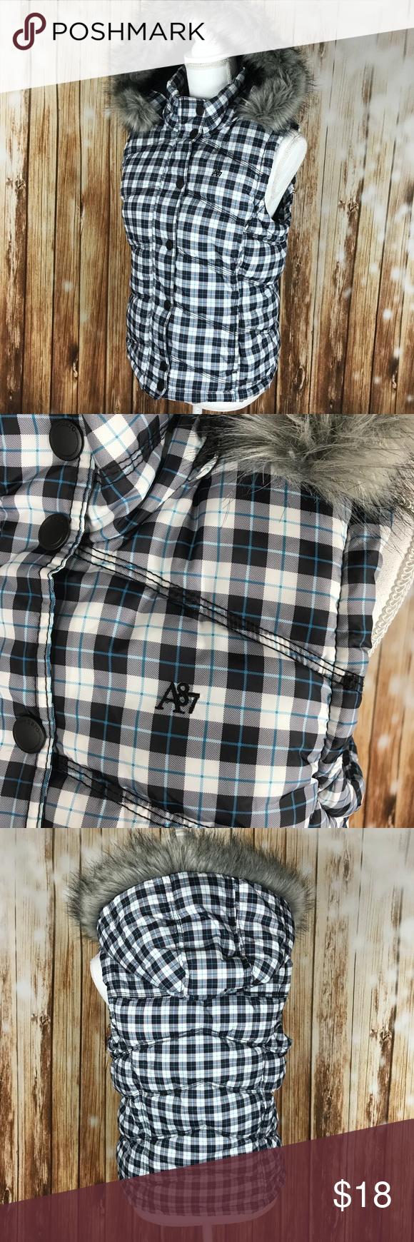 Plaid Puffer Vest Fleece Lined Faux Fur Hood Aeropostale