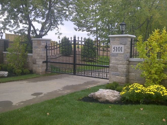 Front Entry Piers Gates Stone Bridges Driveway Entrance Farm Entrance Driveway Entrance Landscaping