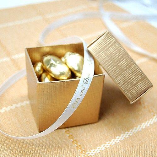 Gold wedding favor  Keywords: #weddings #jevelweddingplanning Follow Us: www.jevelweddingplanning.com  www.facebook.com/jevelweddingplanning/