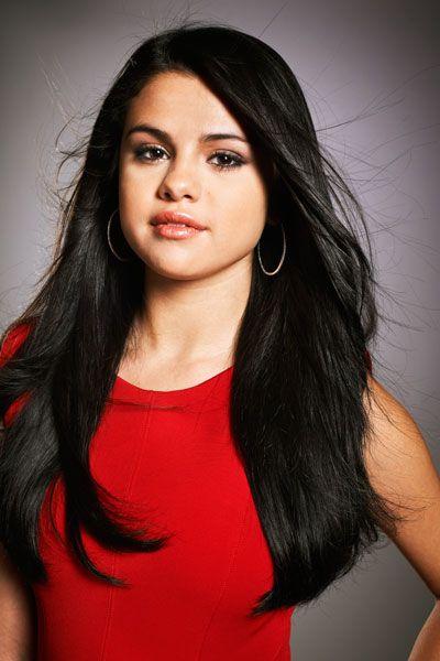 Bieber Gal Pal Selena Gomez, Active Tech Investor | Actresses ...