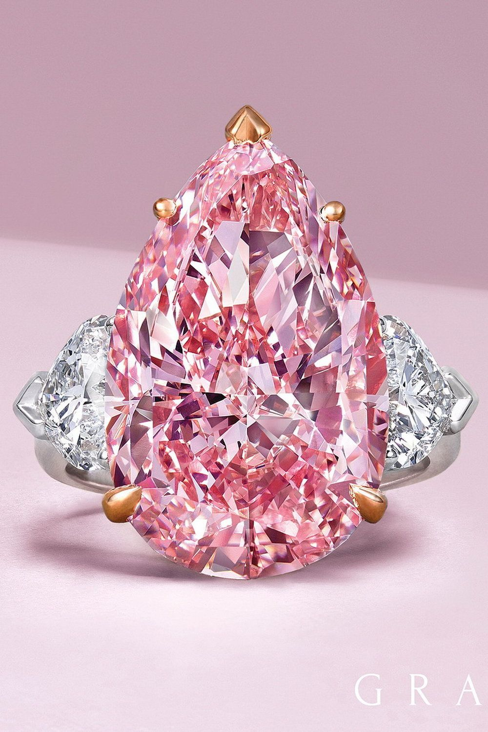 💖 50 Fancy Pink Diamonds From The Private Collection | Diamond ...