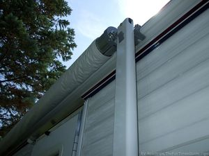 Rv Awning Tips To Avoid Damage In High Winds Camping