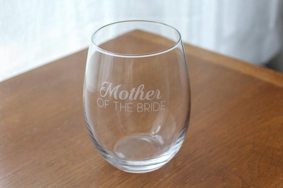 Mother of the bride stemless wine glass