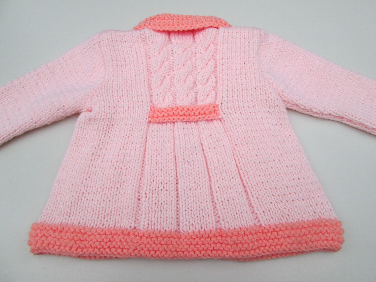 ab267c32ff Casaco infantil em tricô rosa.