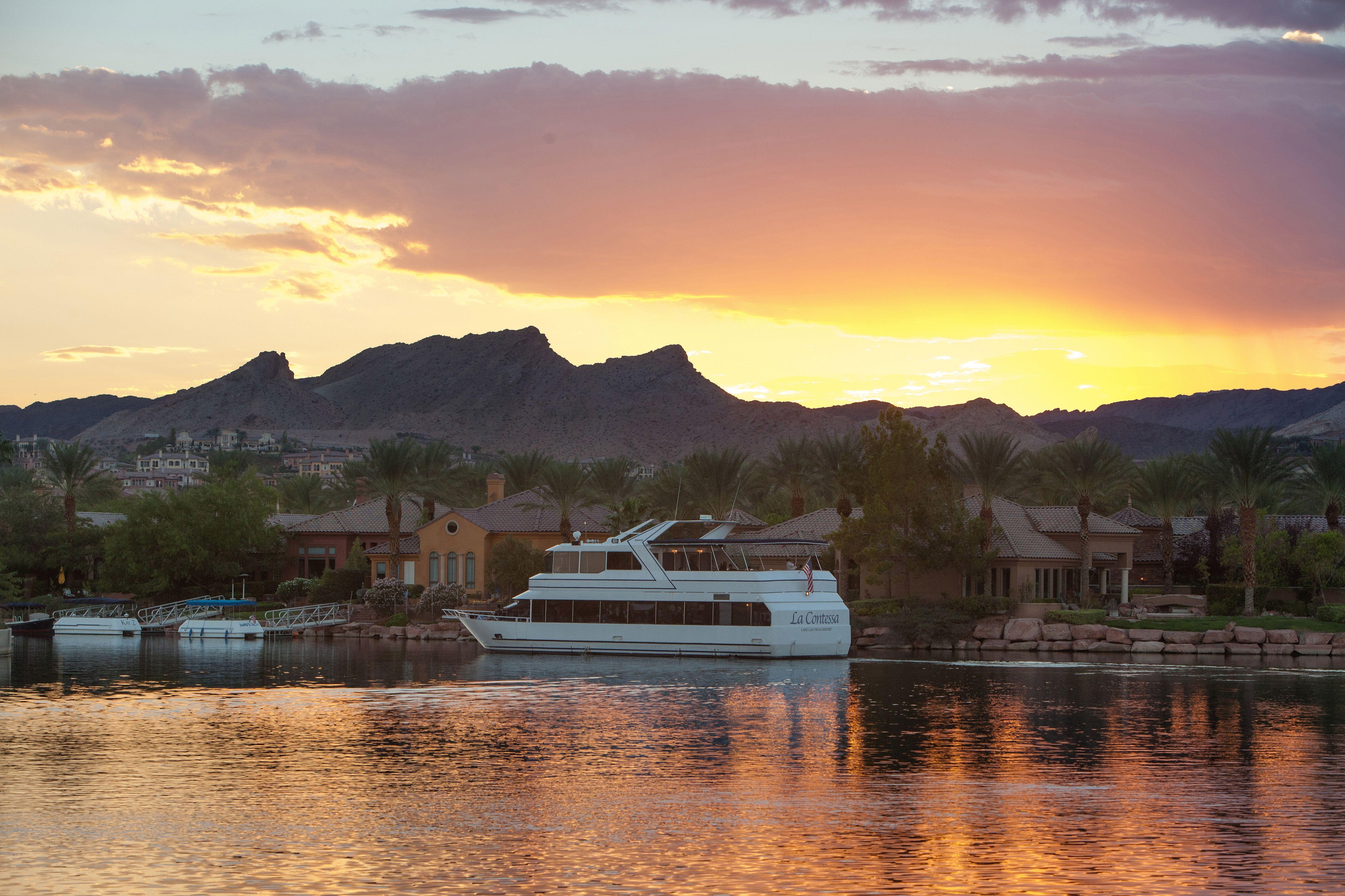 La Contessa Yacht Lake Club At Las Vegas
