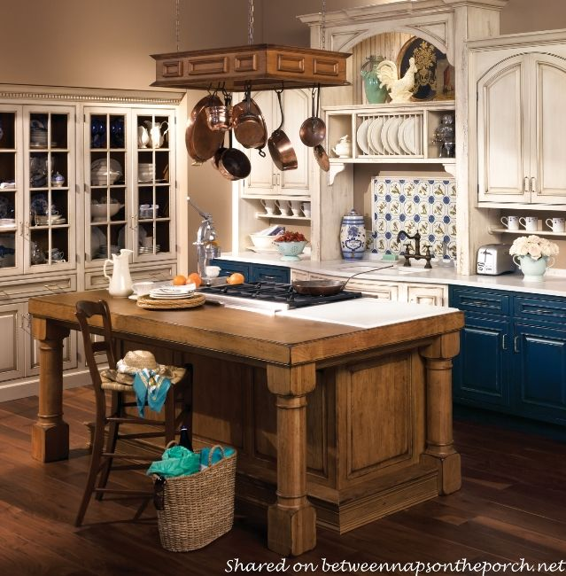 Dream Country Kitchens 10 dream kitchens: cottage, french country and traditional at its