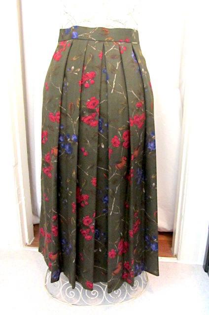17362d25055b Vintage wool pleated skirt, green wool skirt, flower pattern skirt, Geiger  wool skirt, made in Austr