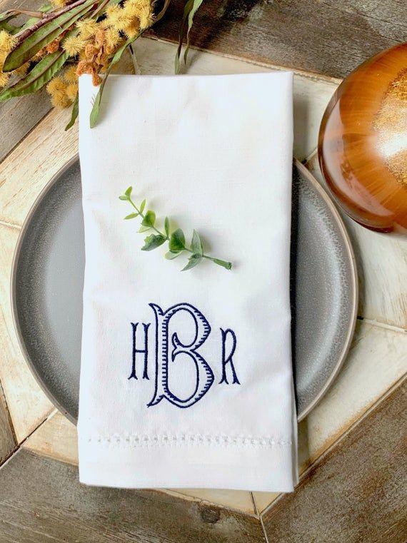 Monogrammed Cloth Napkins /Set of 4/ Baroque, cloth wedding napkins, wedding linens, embroidered nap #clothnapkins
