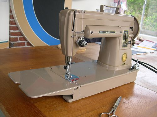 Crafters' Vintage Sewing Machines Vintage Sewing Machines And Craft Inspiration Singer 301a Sewing Machine