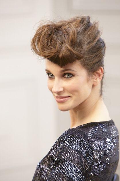Chignon rock coiffure mariage Bun hairstyles, Hair