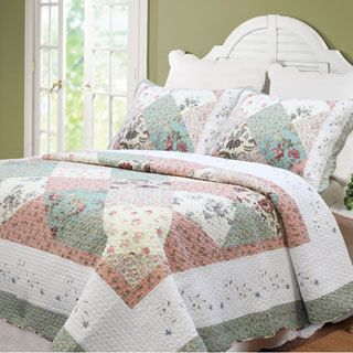 Cozy Line Celia Country Floral Patchwork 3-piece Cotton Quilt Set ... : bedding quilts - Adamdwight.com