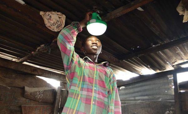 Las soluciones más sencillas para llevar electricidad a zonas pobres