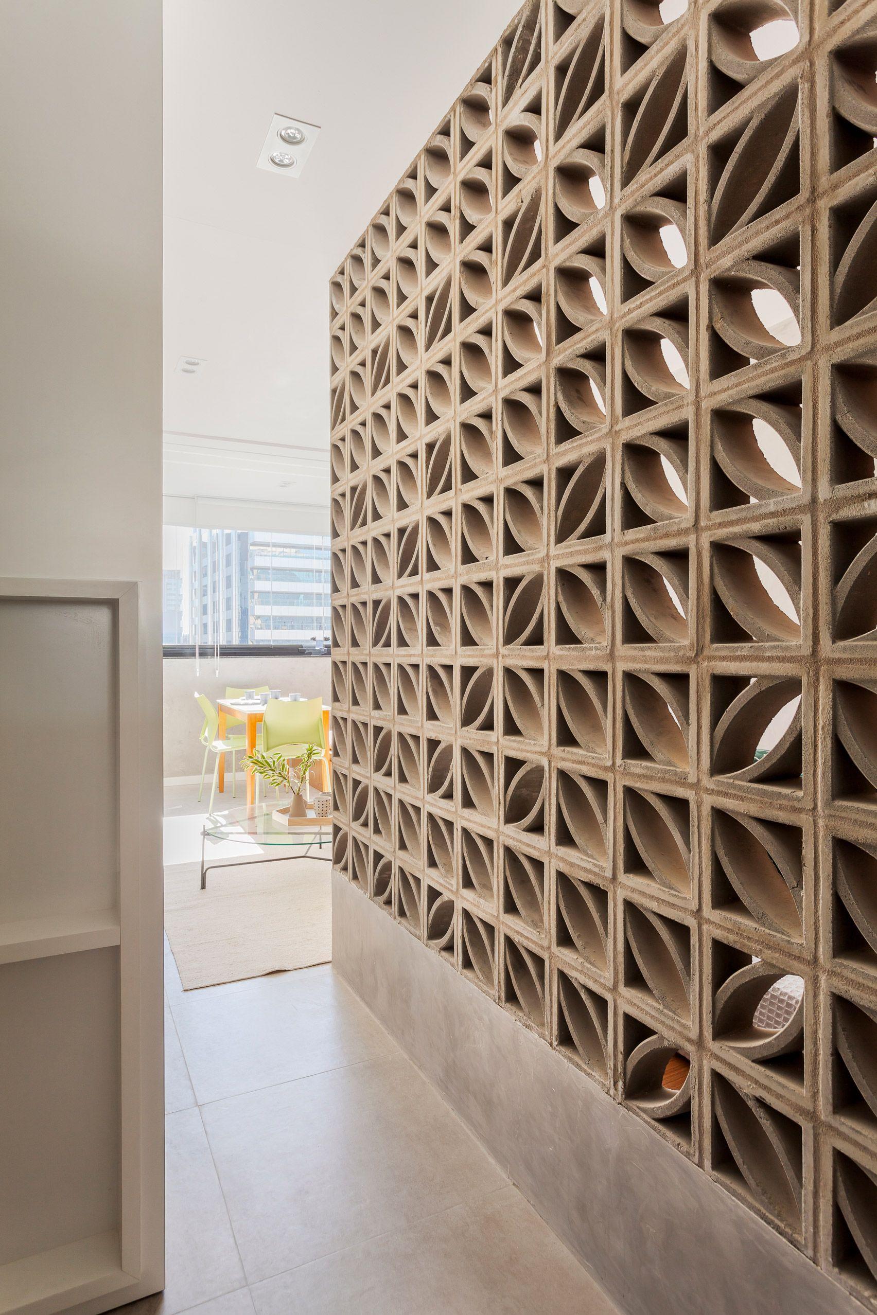 Tria Arquitectura Creates Flexible Living Spaces Within Compact Apartment Concrete Block Walls Concrete Decor Decorative Concrete Blocks
