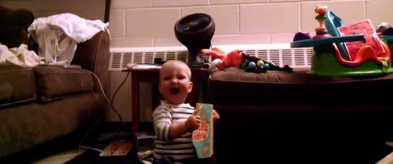 Baby Discovers Musical Birthday Card, Cannot Stop Dancing