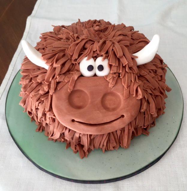 Highland Cow Birthday Cake Google Search Cake Decorating Ideas 2