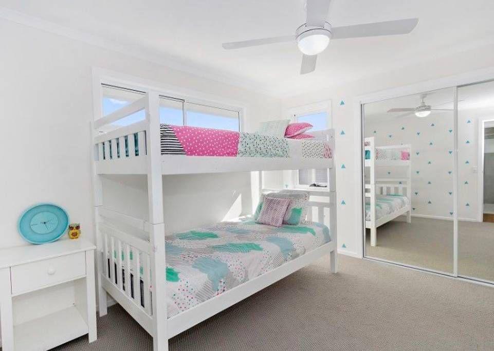 Hamptons Beach House - Houses for Rent in Kingscliff, New ...