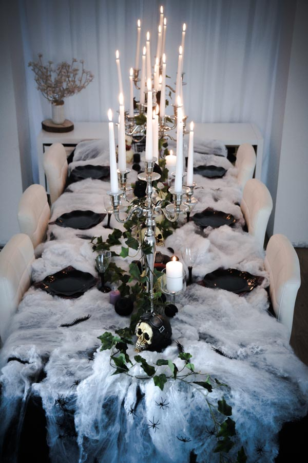 Decorate Your Halloween Table Haunted House Atmosphere