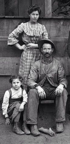 U.S. Farm family in Tulare County in central California, about 1900  (detail) //  by Ansley  | John Bosko,Flickr