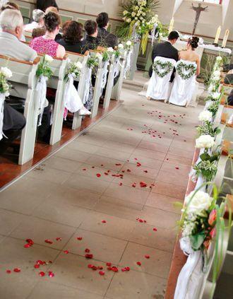 Hochzeitsdeko Kirche 65 zauberhafte KirchendekoIdeen in