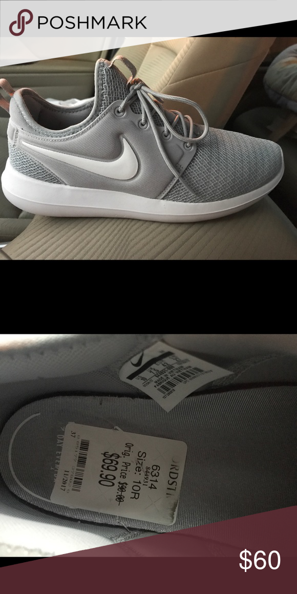 the best attitude d40d5 e7816 Nike Roshe two sneaker These are brand new and worn twice with the price  tag still in them! I just don t need them. Still have original box. Nike  Shoes ...