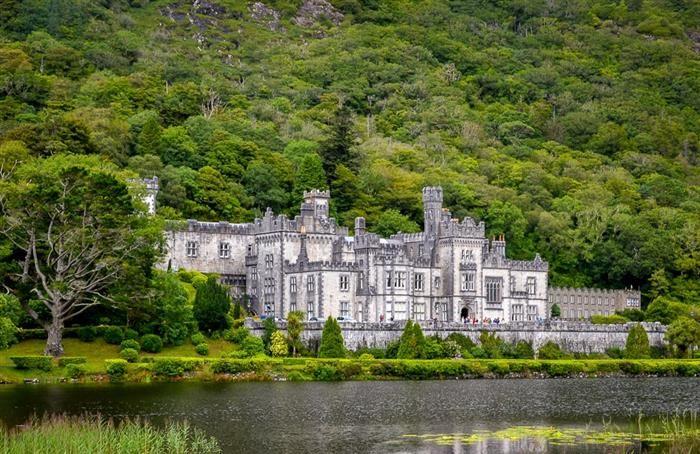 18 Bellos Lugares De Irlanda |  Castillo Kylemore Abbey, MAYO