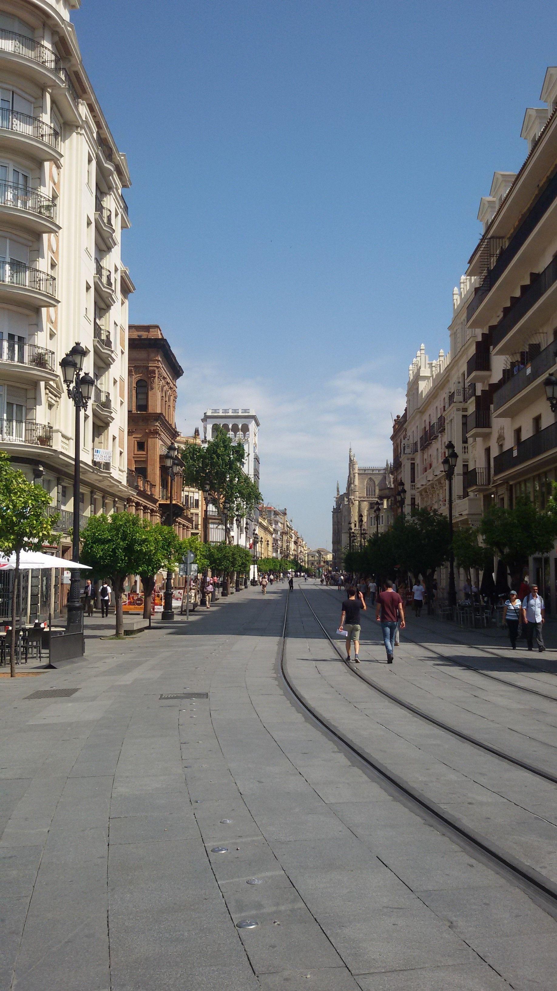 Encuadre urbano 2, perspectiva de cónica central | Dibujo en ...