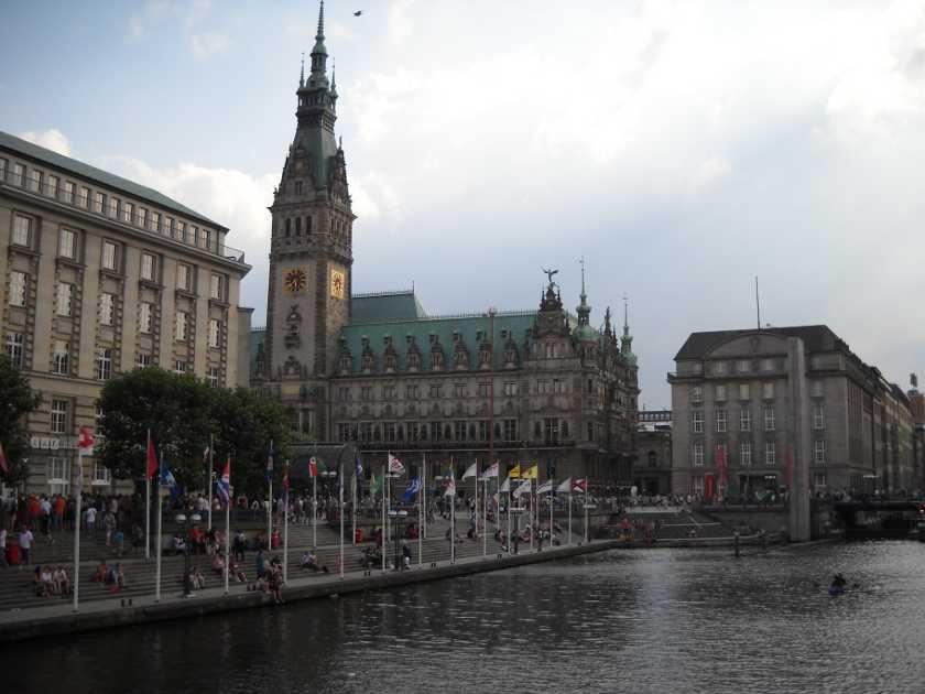 Ein Tag in Hamburg Vor oder nach der Kreuzfahrt oder als Kurztrip. Was solltest du dir an einem Tag anschauen? #Hamburg #Stadtbesichtigung