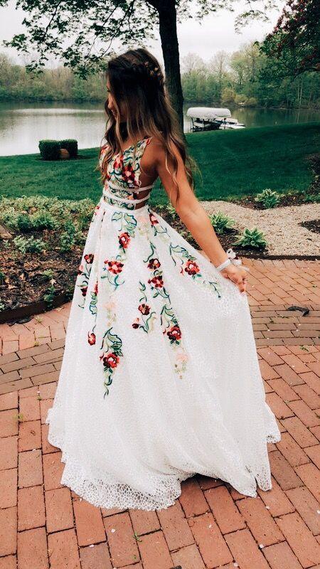 S Living Long Graduation Dresses