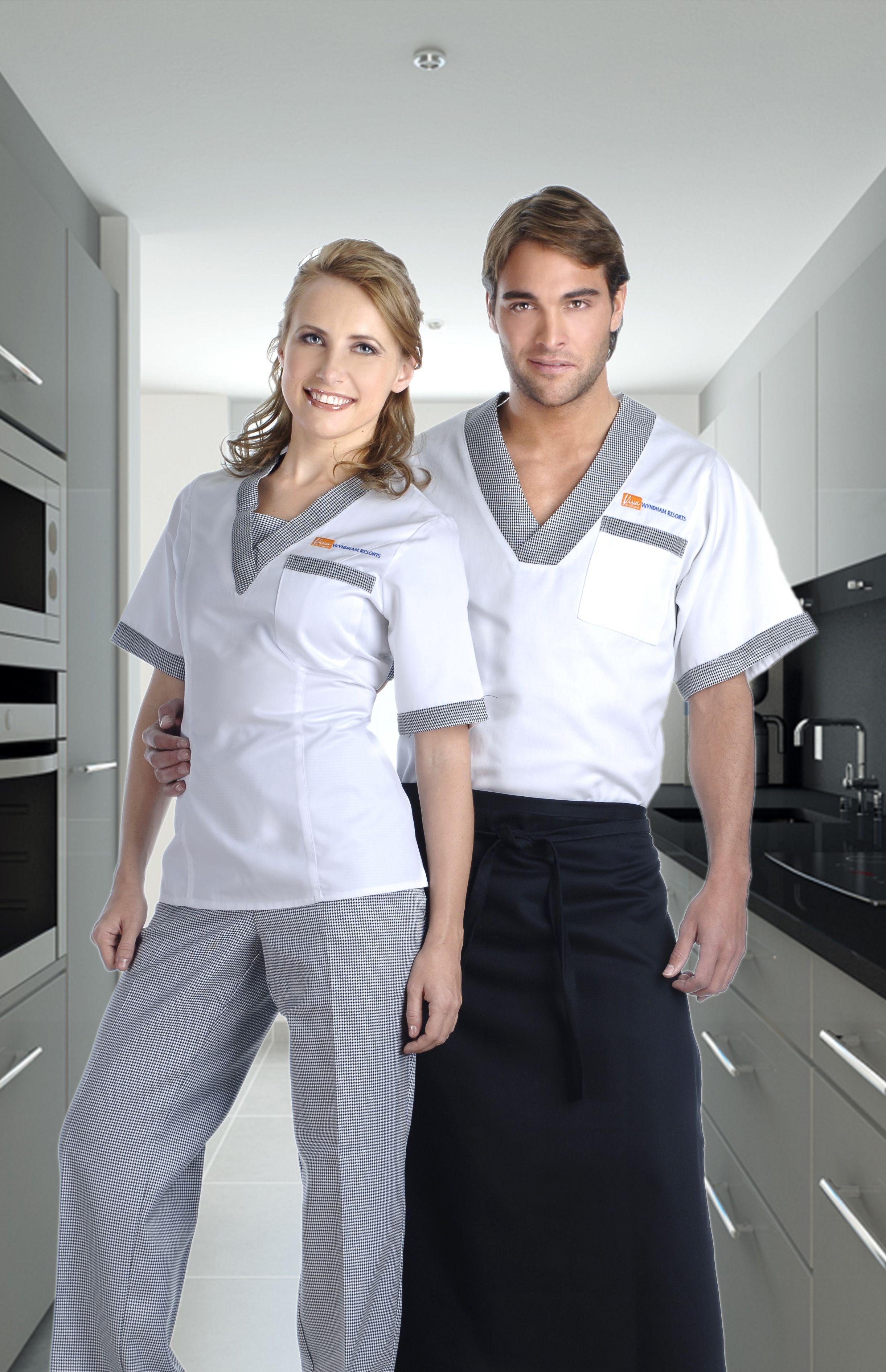 Uniformes mixtos para empleados de Hotel http://www.creacionesred ...