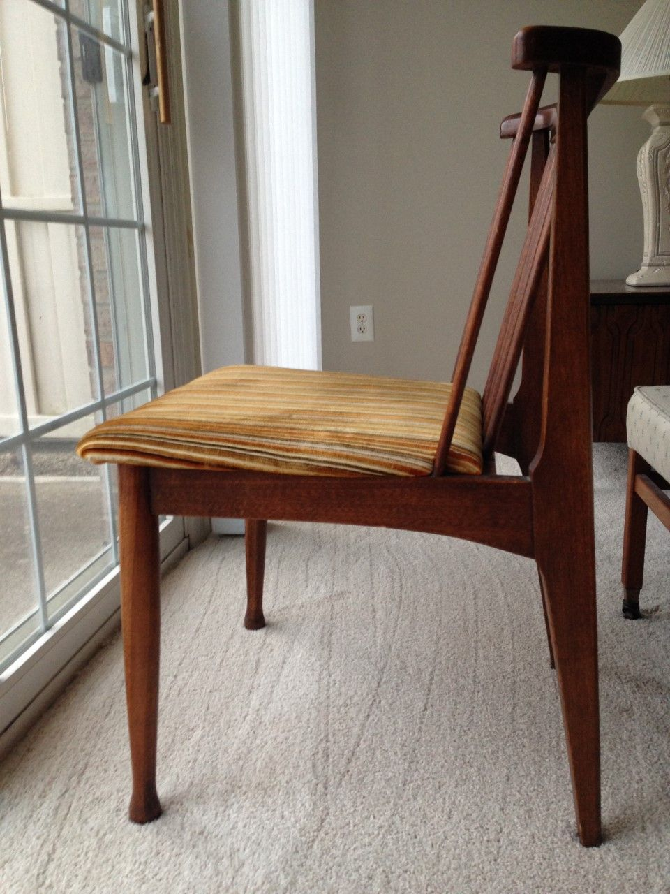 I Bought 6 Matching Dining Chairs And Matching Wooden Dining Table Glamorous Craigslist Nj Dining Room Set Review