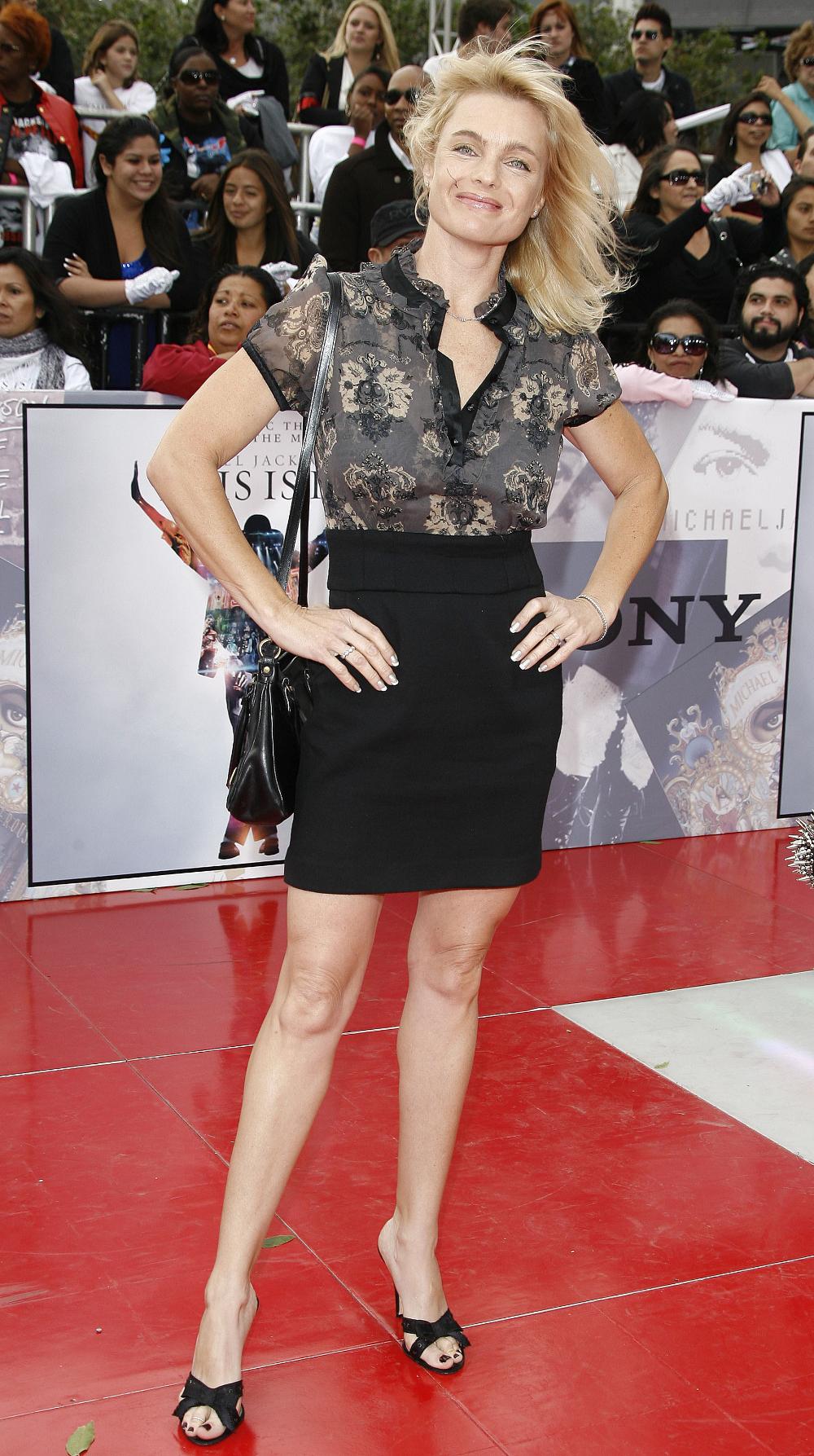 Amy Adams Wikifeet erika eleniak's feet << wikifeet | erika eleniak, good
