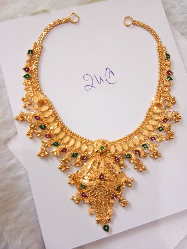 Pin By Dhana Lakshmi On Necklace In 2020 Gold Necklace Designs Gold Jewelry Simple Necklace Gold Jewelry Fashion