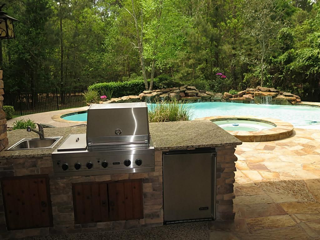 22 Noble Bend Drive The Woodlands Tx 77382 Har Com The Woodlands Tx House Gas Grill